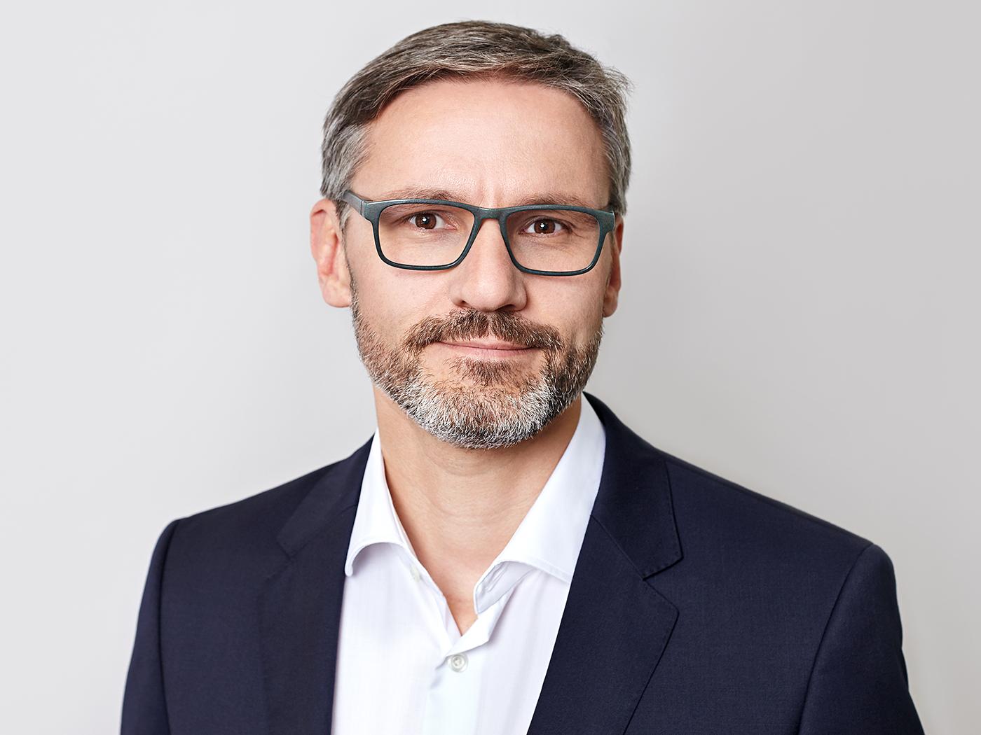 Dr. Thomas Förl